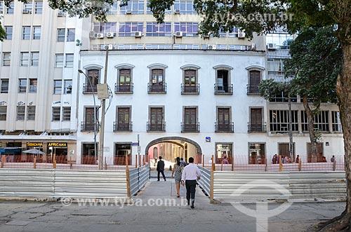 Obras para implantação do VLT (Veículo Leve Sobre Trilhos) próximo ao Arco dos Teles (século XVIII)  - Rio de Janeiro - Rio de Janeiro (RJ) - Brasil
