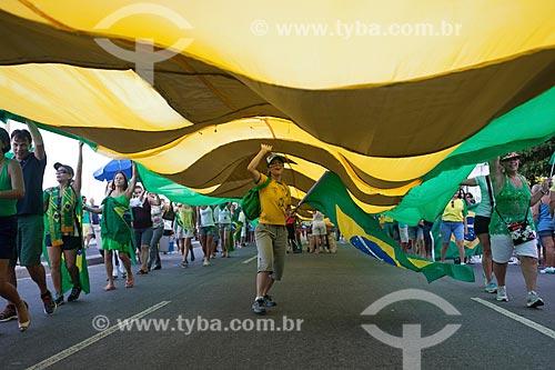 Manifestação contra a Presidente Dilma Rousseff durante a votação de admissibilidade do impeachment na Câmara dos Deputados  - Rio de Janeiro - Rio de Janeiro (RJ) - Brasil