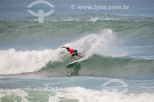 Adriano de Souza - também conhecido como Mineirinho - surfando na etapa brasileira do WSL (Liga Mundial de Surfe) WSL Oi Rio Pro 2016 na Praia de Grumari  - Rio de Janeiro - Rio de Janeiro (RJ) - Brasil