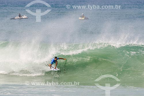 Michel Bourez surfando na etapa brasileira do WSL (Liga Mundial de Surfe) WSL Oi Rio Pro 2016 na Praia de Grumari  - Rio de Janeiro - Rio de Janeiro (RJ) - Brasil