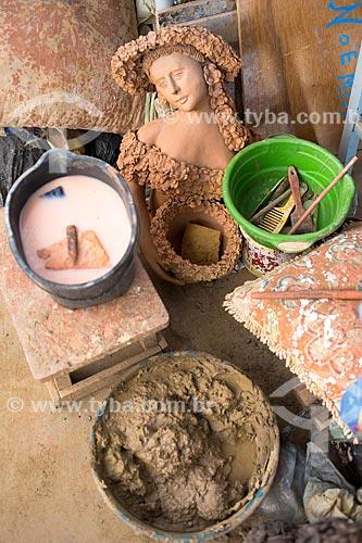 Detalhe do atelier da artesã Noemia na Associação dos Artesões de Tracunhaém  - Tracunhaém - Pernambuco (PE) - Brasil