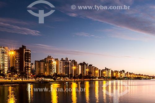 Vista da Avenida Beira Mar Norte durante o pôr do sol  - Florianópolis - Santa Catarina (SC) - Brasil