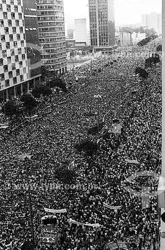 Vista de cima de manifestação durante a Campanha das Diretas Já na Avenida Presidente Vargas  - Rio de Janeiro - Rio de Janeiro (RJ) - Brasil