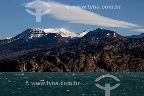 Vista de montanhas na Cordilheira dos Andes a partir da cidade de El Calafate  - El Calafate - Província de Santa Cruz - Argentina