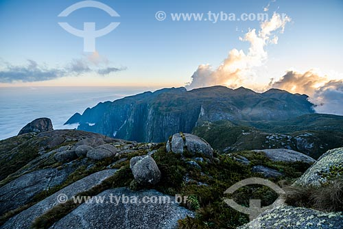 Vista do Parque Nacional da Serra dos Órgãos durante a trilha da Pedra do Sino  - Teresópolis - Rio de Janeiro (RJ) - Brasil
