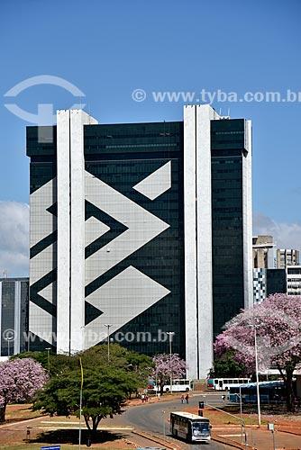 Fachada do Edifício Sede III do Banco do Brasil  - Brasília - Distrito Federal (DF) - Brasil