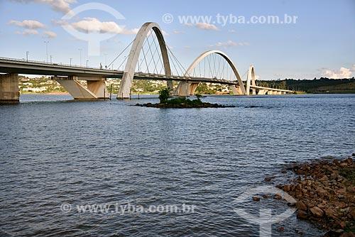 Ponte Juscelino Kubitschek (2002) sobre o Lago Paranoá  - Brasília - Distrito Federal (DF) - Brasil