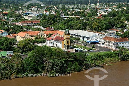 Foto aérea da Paróquia do Sagrado Coração de Jesus com o Colégio Nossa Senhora do Carmo  - Parintins - Amazonas (AM) - Brasil