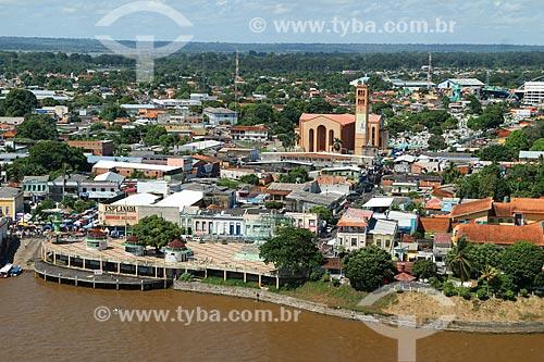 Foto aérea da Praça do Cristo Redentor - também conhecida como Praça Digital - com a Catedral de Nossa Senhora do Carmo ao fundo  - Parintins - Amazonas (AM) - Brasil