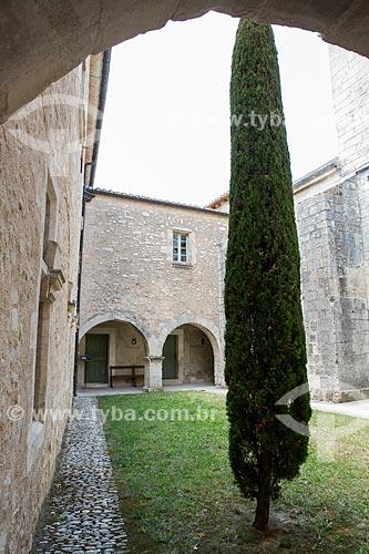 Cláustro da Abadia de Saint-Hilaire (século VIII)  - Gordes - Departamento de Vaucluse - França