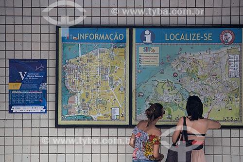 Painel de informação turística no Cais da Praia Grande  - São Luís - Maranhão (MA) - Brasil