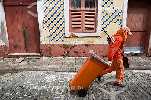Gari na Rua do Giz  - São Luís - Maranhão (MA) - Brasil