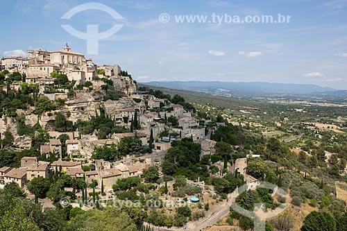 Vista geral da cidade de Gordes  - Gordes - Departamento de Vaucluse - França