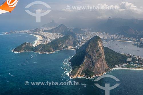 Foto aérea do Pão de Açúcar durante sobrevoo à cidade do Rio de Janeiro  - Rio de Janeiro - Rio de Janeiro (RJ) - Brasil