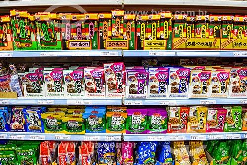 Produtos japoneses à venda no bairro da Liberdade  - São Paulo - São Paulo (SP) - Brasil