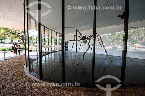 Escultura em exibição na Museu de Arte Moderna de São Paulo (1948) no Parque do Ibirapuera  - São Paulo - São Paulo (SP) - Brasil