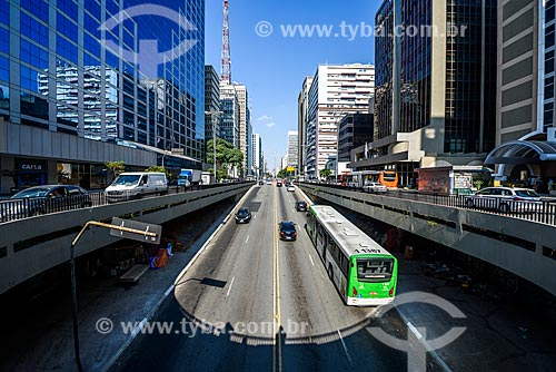 Saída do Túnel José Roberto Fanganiello Melhem na Avenida Paulista  - São Paulo - São Paulo (SP) - Brasil
