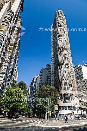 Fachada do Edifício Circolo Italiano (1965) - mais conhecido como Edifício Itália  - São Paulo - São Paulo (SP) - Brasil