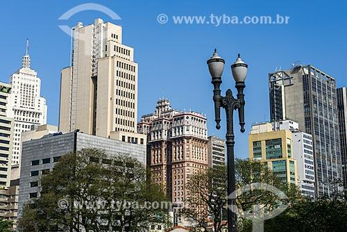 Vista de prédios a partir do Viaduto Santa Ifigênia  - São Paulo - São Paulo (SP) - Brasil