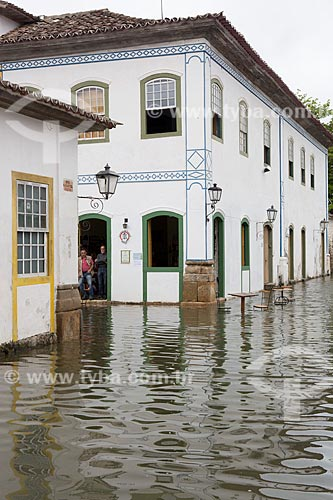 Rua Doutor Samuel alagada durante a Maré Alta (Maré de Sizígia)  - Paraty - Rio de Janeiro (RJ) - Brasil