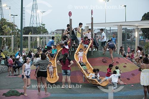 Crianças brincando no Parque Madureira  - Rio de Janeiro - Rio de Janeiro (RJ) - Brasil