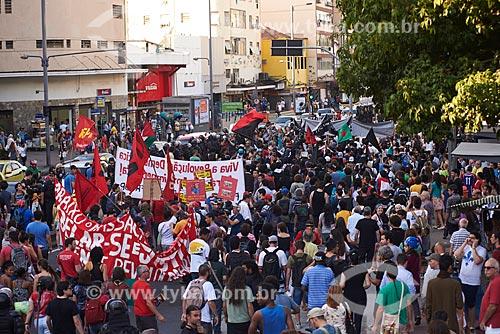 Manifestação na Praça Sáenz Peña no dia da abertura dos Jogos Olímpicos - Rio 2016  - Rio de Janeiro - Rio de Janeiro (RJ) - Brasil