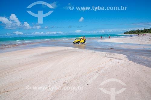 Passeio de bugre na orla da Praia de Barra Grande  - Maragogi - Alagoas (AL) - Brasil