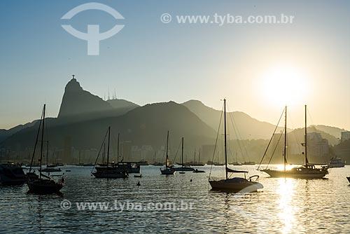 Pôr do sol na Mureta da Urca com o Cristo Redentor ao fundo  - Rio de Janeiro - Rio de Janeiro (RJ) - Brasil