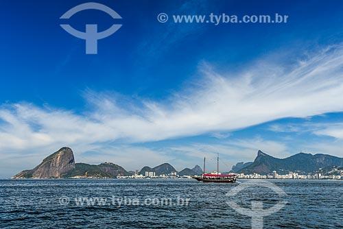 Vista da Baía de Guanabara com o Pão de Açúcar ao fundo  - Rio de Janeiro - Rio de Janeiro (RJ) - Brasil
