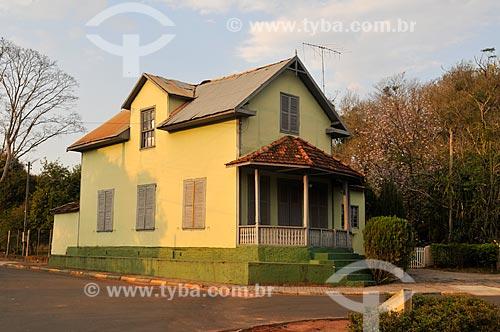 Casa com arquitetura típica da Letônia  - Tupã - São Paulo (SP) - Brasil