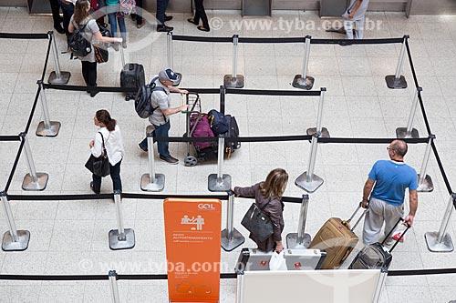 Fila para o check-in no Aeroporto Santos Dumont  - Rio de Janeiro - Rio de Janeiro (RJ) - Brasil