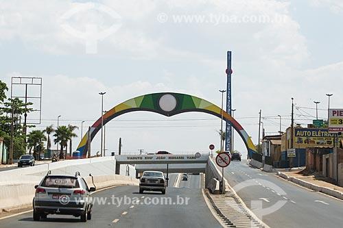 Trecho do Viaduto Engenheiro João Hissassi Yano  - Goiânia - Goiás (GO) - Brasil