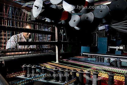 Fabricação de aviamentos para o carnaval na fábrica Hak - Polo Industrial de roupa íntima de Nova Fribrugo  - Nova Friburgo - Rio de Janeiro (RJ) - Brasil