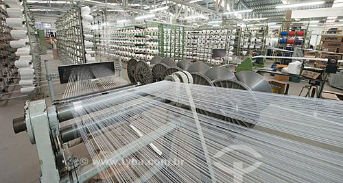 Fabricação de aviamentos na fábrica Hak - Polo Industrial de roupa íntima de Nova Fribrugo  - Nova Friburgo - Rio de Janeiro (RJ) - Brasil