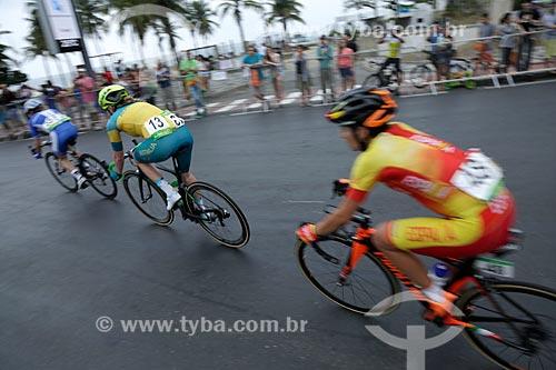 Atletas na prova de ciclismo de estrada na Avenida Delfim Moreira durante os Jogos Olímpicos - Rio 2016  - Rio de Janeiro - Rio de Janeiro (RJ) - Brasil