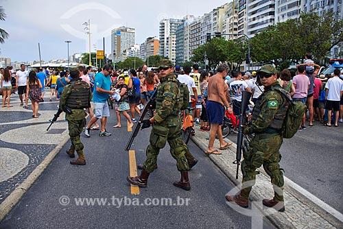 Soldados fuzileiros navais reforçam segurança durante prova de triatlo feminino  - Rio de Janeiro - Rio de Janeiro (RJ) - Brasil