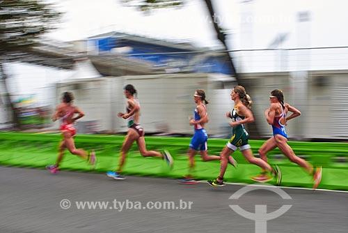 Atletas do triatlo feminino completam circuito de corrida  - Rio de Janeiro - Rio de Janeiro (RJ) - Brasil