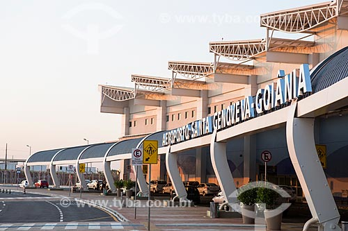 Fachada do Aeroporto Santa Genoveva  - Goiânia - Goiás (GO) - Brasil
