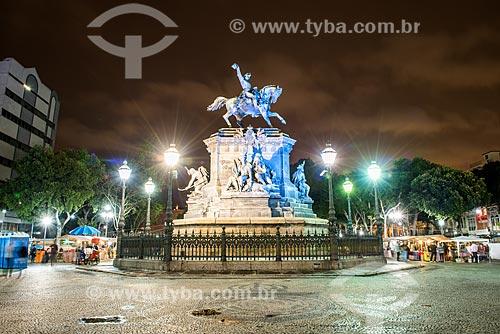Estátua equestre de Dom Pedro I (1862) na Praça Tiradentes durante a noite  - Rio de Janeiro - Rio de Janeiro (RJ) - Brasil