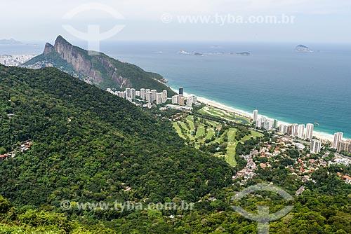 Vista de Gávea Golf and Country Club e do Morro Dois Irmãos a partir da rampa da Pedra Bonita/Pepino  - Rio de Janeiro - Rio de Janeiro (RJ) - Brasil