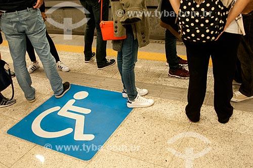 Espaço reservado para portadores de necessidades especiais na Estação General Osório do Metrô Rio - Linha 4  - Rio de Janeiro - Rio de Janeiro (RJ) - Brasil
