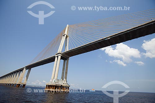 Vista sob a Ponte Rio Negro (2011) a partir do Rio Negro  - Manaus - Amazonas (AM) - Brasil