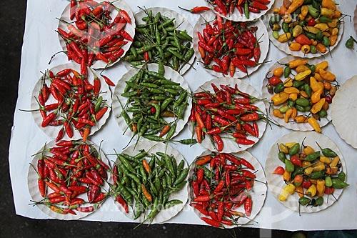 Pimentas à venda na feira livre  - Rio de Janeiro - Rio de Janeiro (RJ) - Brasil