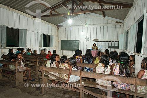 Culto evangélico na Aldeia Moikarakô - Terra Indígena Kayapó  - São Félix do Xingu - Pará (PA) - Brasil