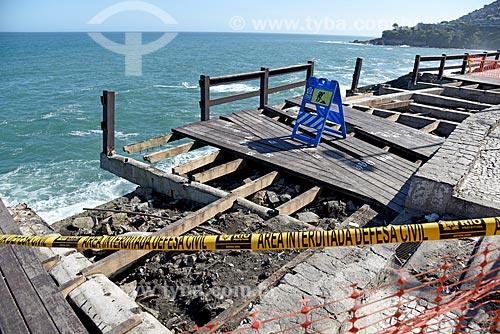 Mirante do Leblon danificado devido à forte ressaca  - Rio de Janeiro - Rio de Janeiro (RJ) - Brasil