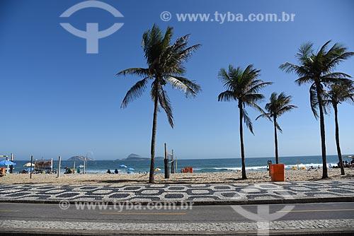 Vista da orla da Praia do Leblon a partir da Avenida Delfim Moreira  - Rio de Janeiro - Rio de Janeiro (RJ) - Brasil