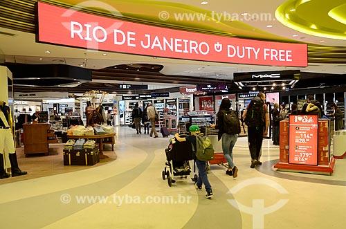 Duty free na área de desembarque do Aeroporto Internacional Antônio Carlos Jobim  - Rio de Janeiro - Rio de Janeiro (RJ) - Brasil
