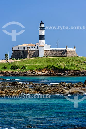 Orla de Salvador com o Forte de Santo Antônio da Barra (1702) ao fundo  - Salvador - Bahia (BA) - Brasil