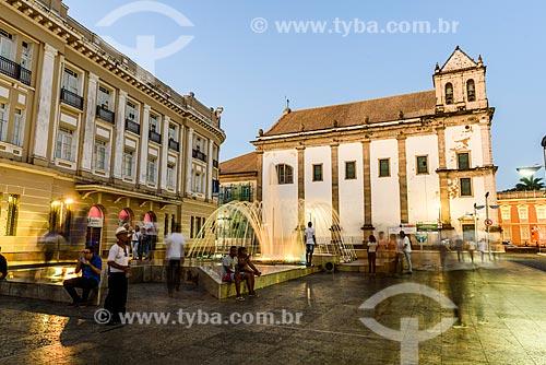 Vista da Catedral Basílica Primacial de São Salvador (1672) a partir da Terreiro de Jesus - também conhecido como Praça 15 de Novembro  - Salvador - Bahia (BA) - Brasil