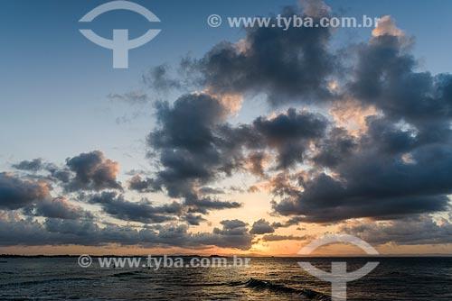 Pôr do sol na Praia da Ponta do Mutá  - Maraú - Bahia (BA) - Brasil